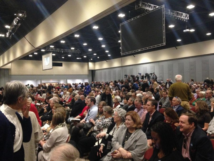 Audience members gather on November 18 to see Bill and Hillary Clinton in Little Rock.