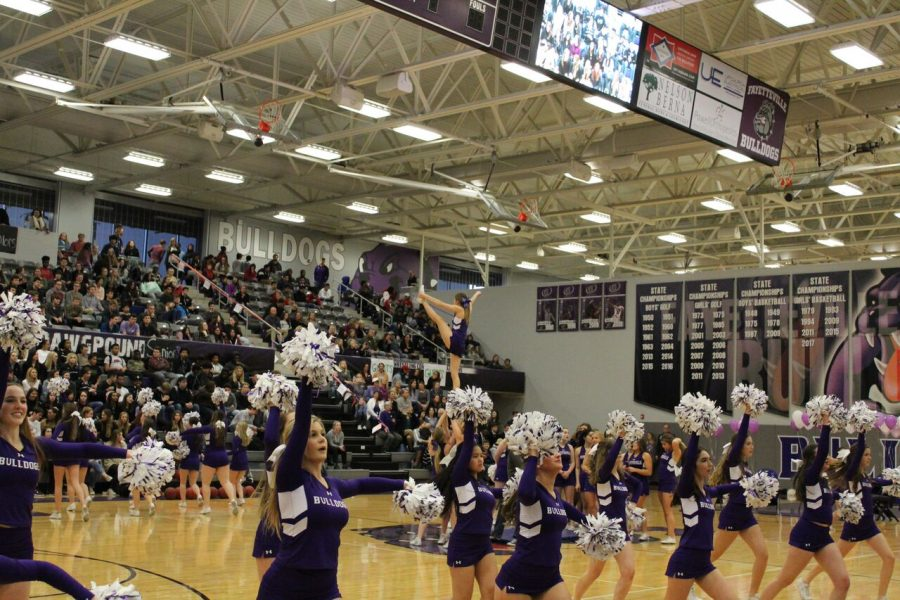 Cheer during the colors day peprally