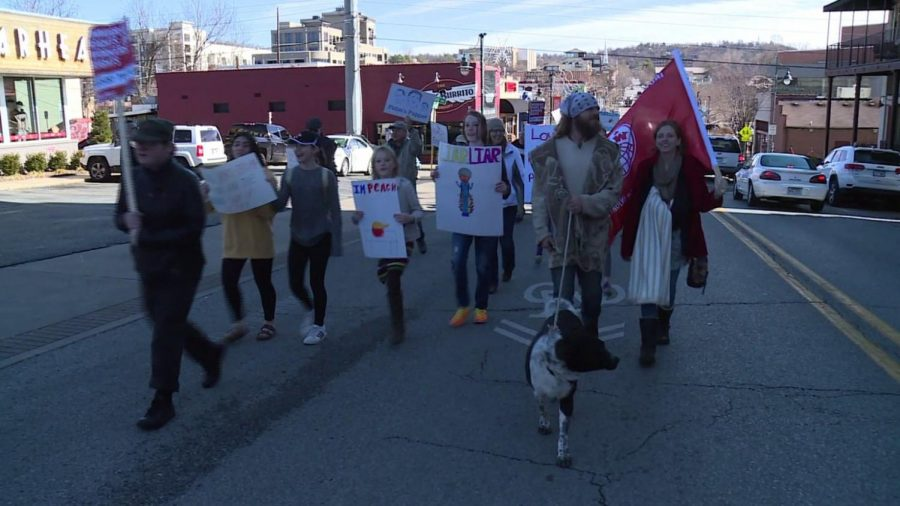 UofA students take the streets right outside Washington County courtroom