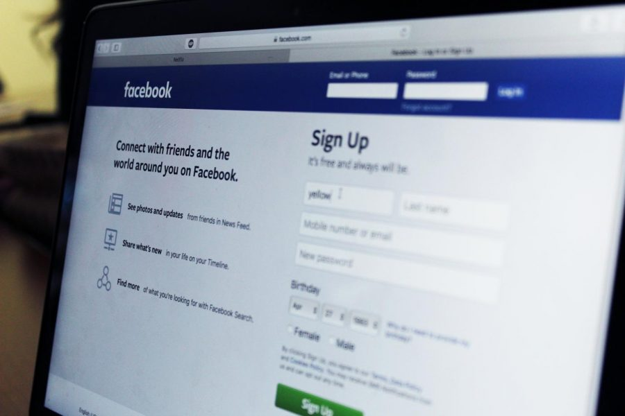 Logging into this social media platform may compromise your privacy.
